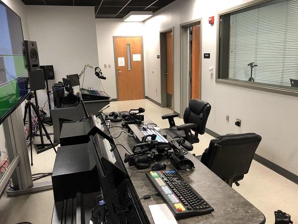 Naugy will premiere a newscast