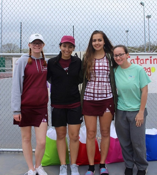 Naugy Girls Tennis undefeated